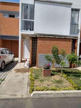 Arriendo Casa para Estrenar en Condominio Cerrado Sol de la Llanura Vía Cali- Jamundí frente a Tecnoquímicas