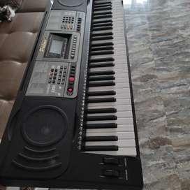 Piano Palmer 6 meses de uso