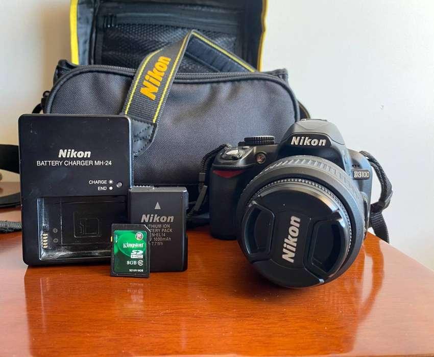 Camara Nikon D3100 0