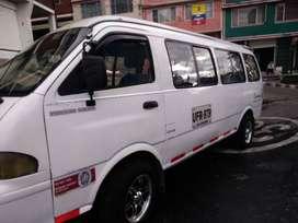 Vendo o permuto kia pregio modelo 2002 16 pasajeros