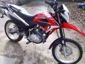 Moto HONDA XR150 SEMI NUEVA