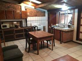 Nice apartment for rent in center of Santa ana !