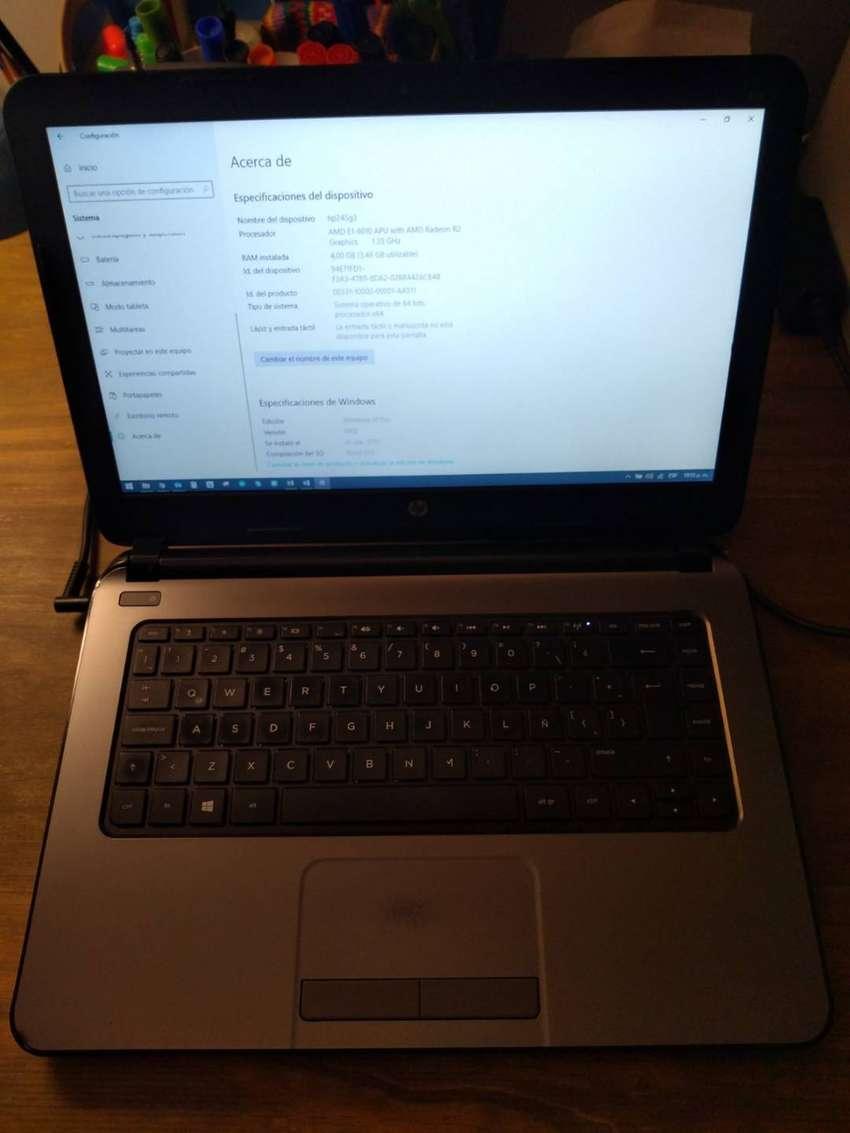 ¡Venta por renovación, precio negociable! Notebook Hewlett-Packard usada, en buen estado, con cargador y batería. 0
