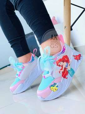¡Hermosas zapatillas para niños y niñas al mejor precio! Envíos Gratis a toda Colombia