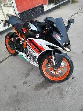 RC 390 KTM