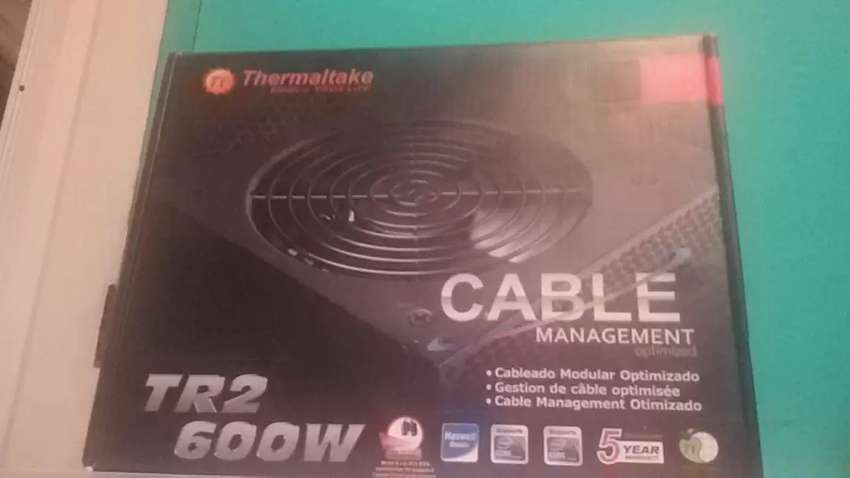 Fuente Pc Thermaltake 600W Reales  10 Amp 0