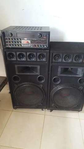 Excelente equipo sonido perfecto Estado