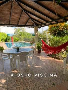 Parcela de media hectárea 2 casas excelente precio con piscina, perforación de agua propia,