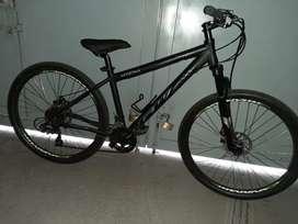 Vendo Bicicleta GW Hyena