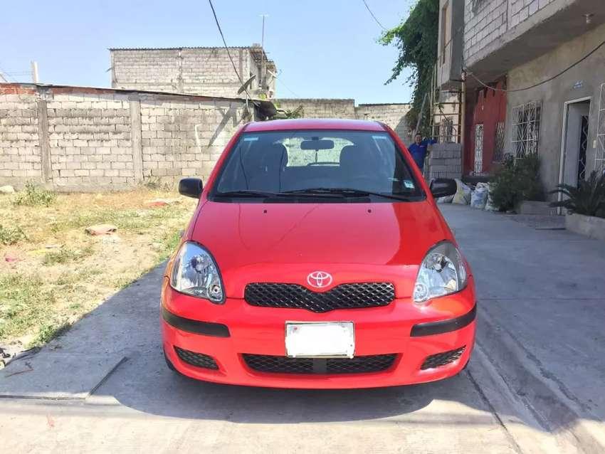 Toyota Yaris full 0