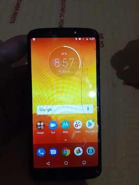 Motorola e5 fisurado