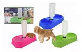 Recipiente de comida para perros y gatos