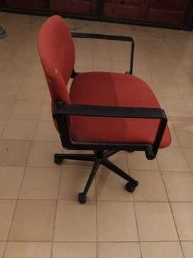 Venta de Escritorio y sillon p/escritorio