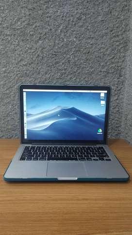 MacBook Pro 13'  / 16GB Mem / 256GB Disco / 2015