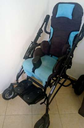 Silla coche ortopédico, excelente estado