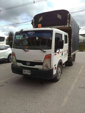 Vendo Nissan Cabstar, Doble Cabina