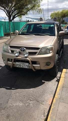 Toyota Hilux CD 4x4 Diésel