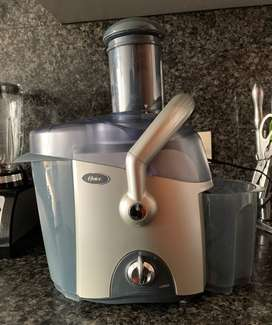 Extractor Jugos Oster