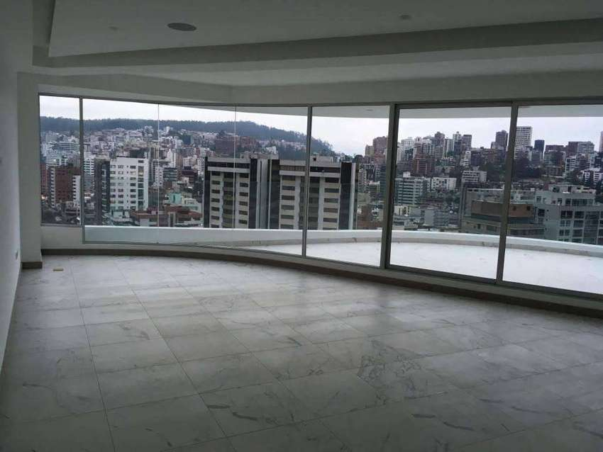 Departamento en venta dos dormitorios 170 m. terraza 53m., Carolina, con vista Centro Norte de Quito. Eloy Alfaro 0