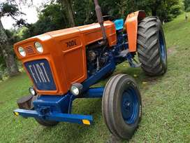 Vendo tractor Fiat 700 E más carro