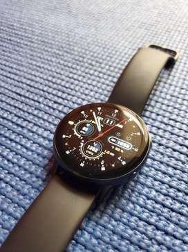 Samsung Galaxy Watch Active 2 (44mm) en aluminio. ESTADO IMPECABLE POCO USO, EN CAJA. USADO !!