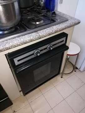 Horno trifacico haceb como nuevo para cocina