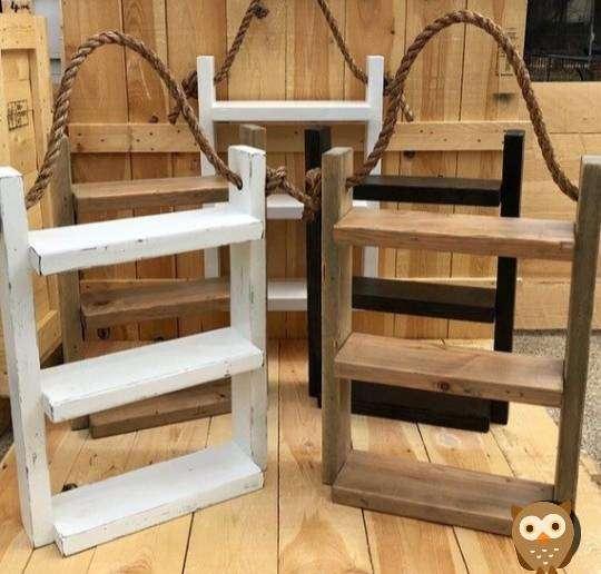 Repisa decorativa para baño en madera