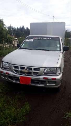 Vendo flamante camioneta  chevrolet luv 4x2 año 2002