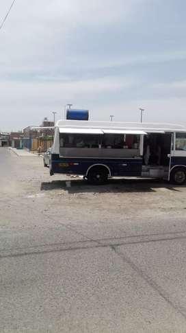 Se vende camión equipado para venta de comida rápida o cevicheria