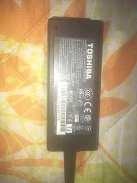 Cable Cargador computador portatil tishiba