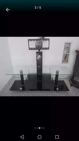 Vendo mesa para tv muy bonita poco uso
