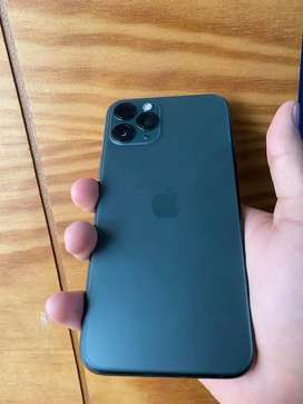 Vendo iphone 11 pro 64 midnight green