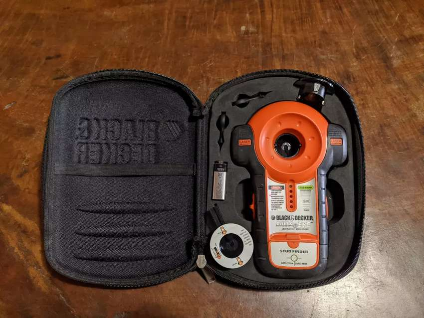 NIVEL LÁSER BLACK&DECKER LZR1 EN BUEN ESTADO 0