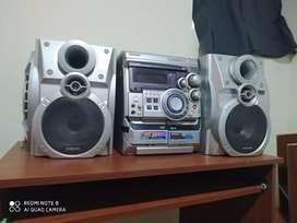 Vendo equipo de sonido perfectamente funcional