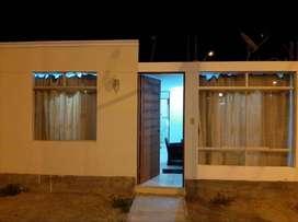 Venta de Hermosa Casa en URB. Los Huarangos - Ica