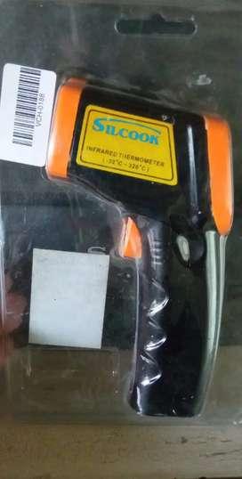 Pirometro/ termómetro profesional marca Silcook