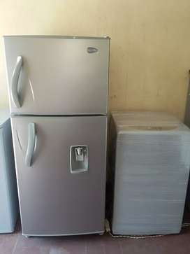 Combo nevera y lavadora LG