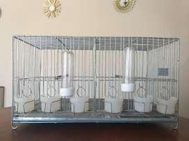 Jaulas de cría, exposición y voladoras para canarios