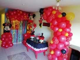 Decoracion de fiesta con globos