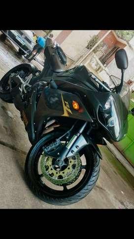 Vendo Yamaha R1 - 1000cc - año 2008