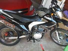Vendo moto keller 200c.c. modelo 2016 miracle