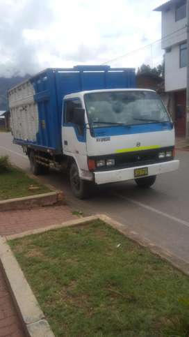 vendo camion hyundai mighty 5 t.