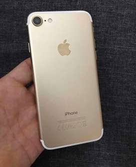 Iphone 7 gold de 32 Gb.