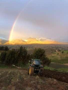Venta de tractor agricola trabajando de 115hp