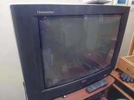 "REMATO TV CRT 69"" LG S/. 150"