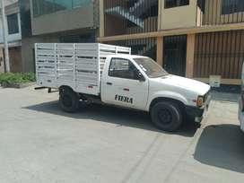 Se vende camioneta Nissan Fiera del 87
