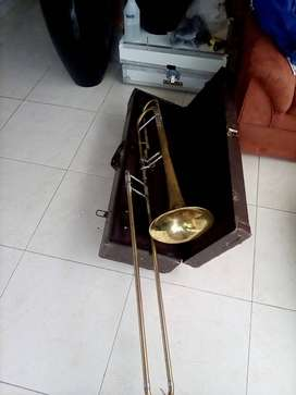 Vendo trombón bach