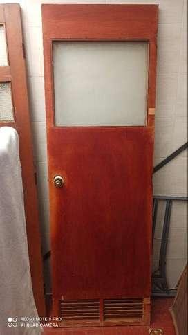 Vendo puerta en triplex para interior