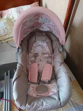 Coche y Porta bebé Marca Born