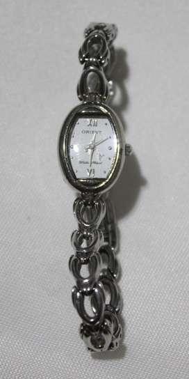 Reloj Orient original de dama. buen estado!